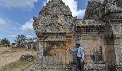 10-11-Prasat-Preah-Vihear-(5)