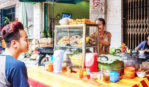 10-11-Street-Food-Stall-(3)
