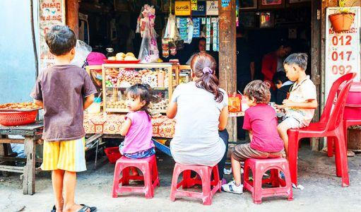 10-11-Street-Food-Stall-(6)