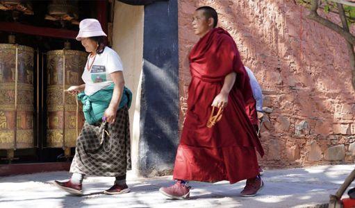 12-13-Labrang-monastery--3