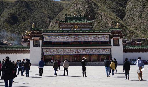12-13-Labrang-monastery--6