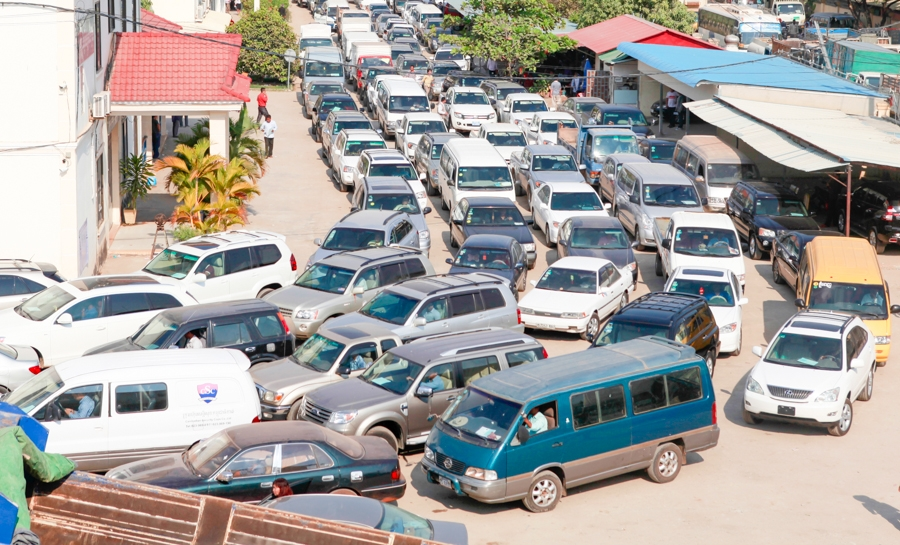 Police unveil vehicle ownership crackdown - Khmer Times