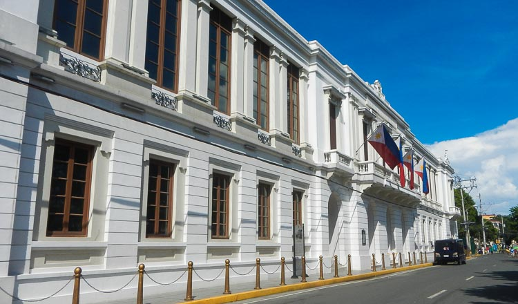 Philippines to raise $1b via global bonds khmer times