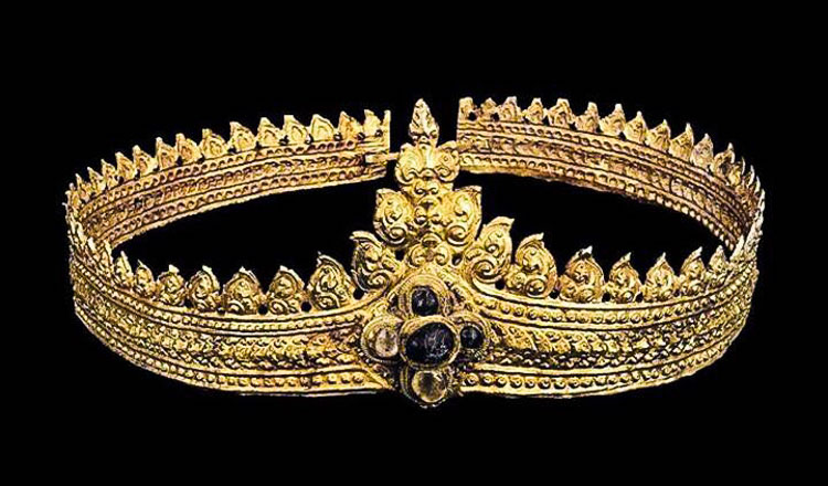 Ancient Khmer jewellery to be returned from United Kingdom