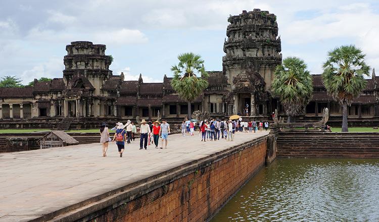 angkor wat bridge open for new year khmer times