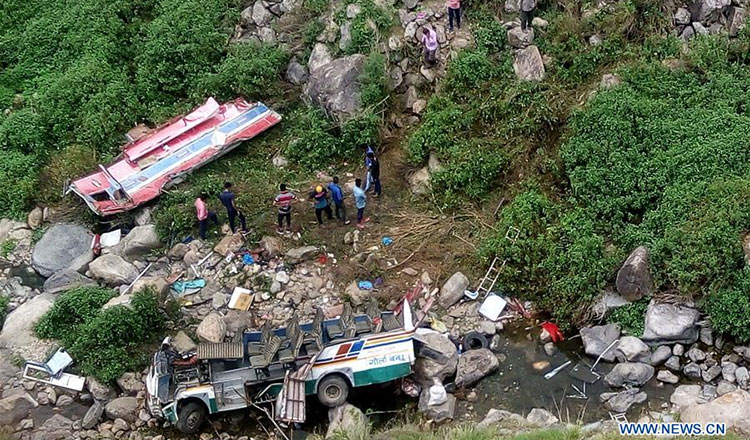 47 passengers die in bus accident in India - Khmer Times